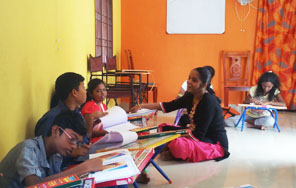 Dessin School of Arts, Time kids Pre-School, oil painting classes for adults in Adyar Class Room Photo 1
